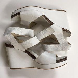 EUC Via Spiga leather wedge sandals